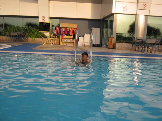 Chelsea Plaza Hotel: The Roof top Pool