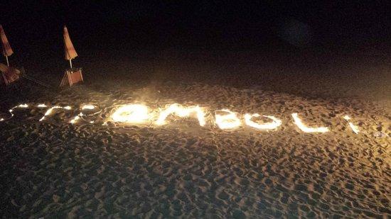 Hotel Villaggio Stromboli : serata sullla spiaggia