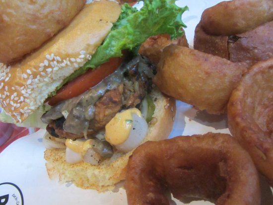 BGR The Burger Joint: Burger close up