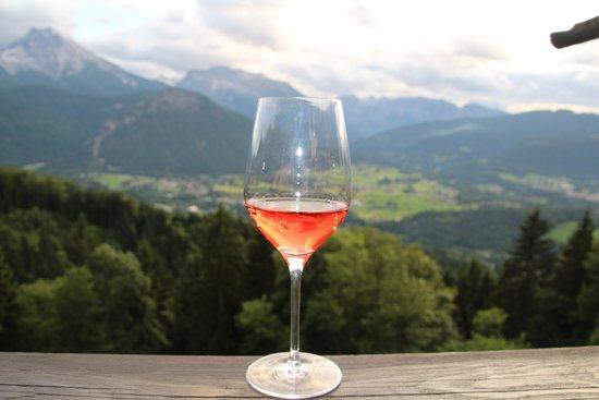Gasthaus Café Graflhöhe Windbeutelbaron: unbeschreiblicher Ausblick