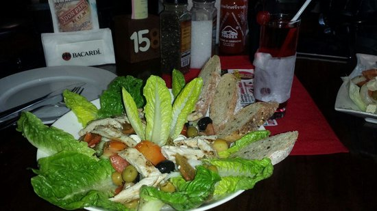 Mulligan's: Chicken Greek salad