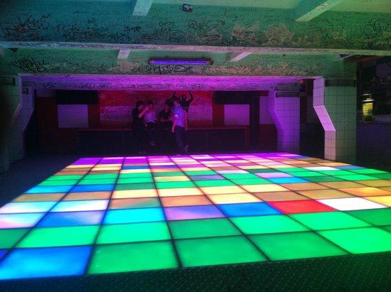 Karlovy Lazne : Dancefloor