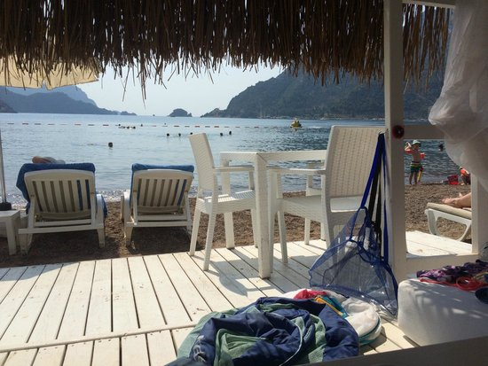 MARTI Resort de Luxe : The view from our private beach pavilion