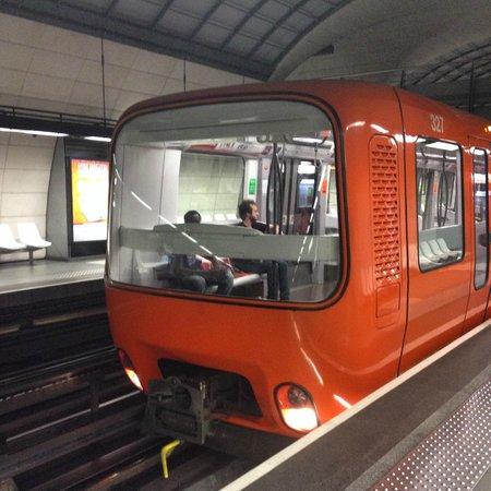Mercure Lyon Centre Château Perrache : Лионское метро без машиниста