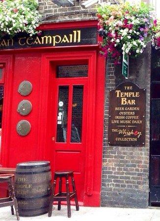 The Temple Bar Pub: Endroit magique avec une ambiance fabuleuse...