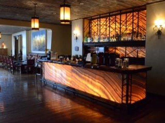 Four Seasons Resort Scottsdale at Troon North: Onyx bar