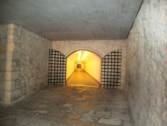 Castle of Santa Barbara: lift