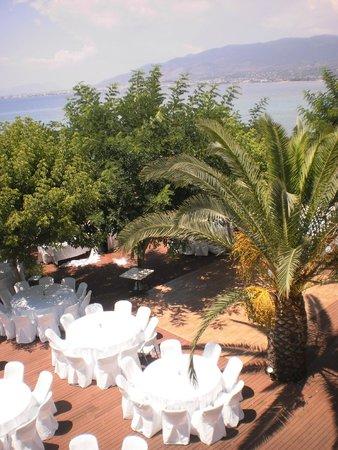 Messinian Bay Hotel: wedding party in the beach bar