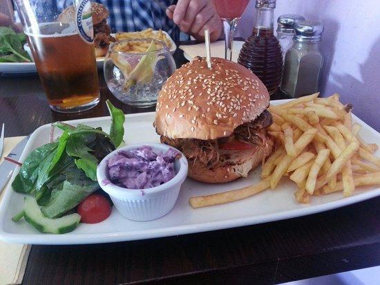 Hyltons: Pulled pork burger