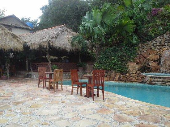 The Beach House: pool