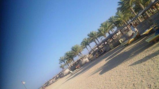 Magic Tulip Beach Resort: la spiaggia