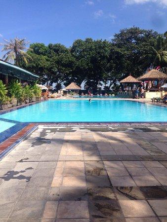 The Jayakarta Bali Beach Resort: view of the pool