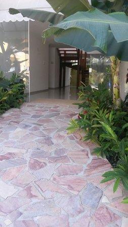Imperatriz Paraty Hotel: A entrada para alguns quartos