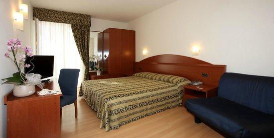 Santiago Hotel: Camera Confort