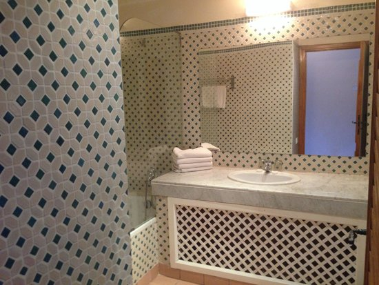 Royal Decameron Issil: salle de bains