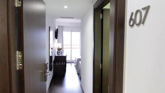 Hotel Mariner: Bedroom entrance