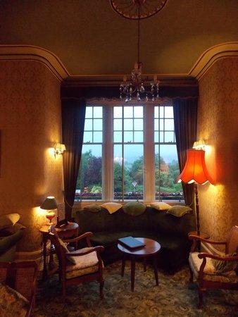 Falls Of Lora: Residents Lounge