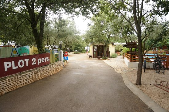 Camp Ulika Rovinj: Camp Entrance