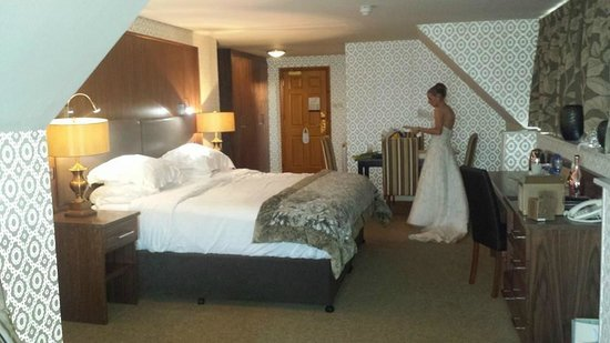 Ballygally Castle : Honeymoon suit with sea views