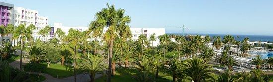 ClubHotel Riu Gran Canaria: Panorámica desde el ala derecha del hotel.