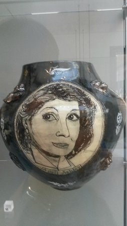V&A  - Victoria and Albert Museum : Grayson Perry pot