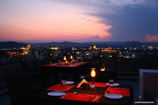 Madri Haveli : Beautiful terrace with beautiful views!