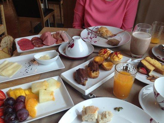 Madre De Agua Hotel Rural: Breakfast!!! Wow!!!