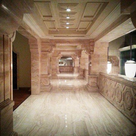 ITC Grand Chola, Chennai: Hotel interior