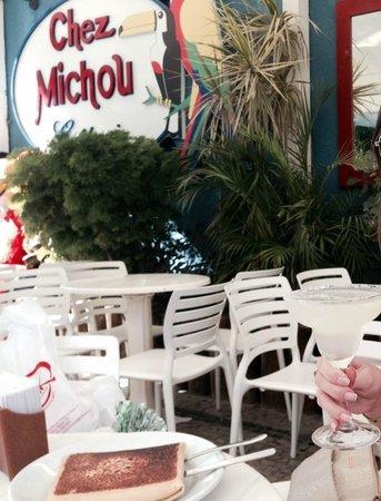 Chez Michou Creperie: Vista das mesas