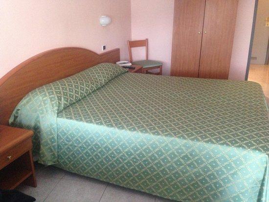 Hotel Ristorante Cristallo : Room view