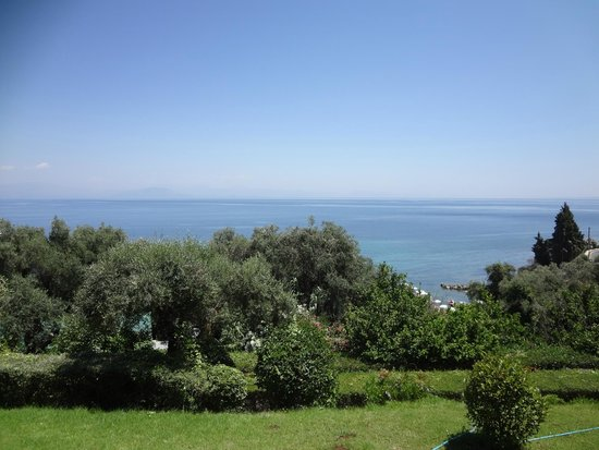 Aeolos Beach Resort : Main building, double room with sea view - lovely view!