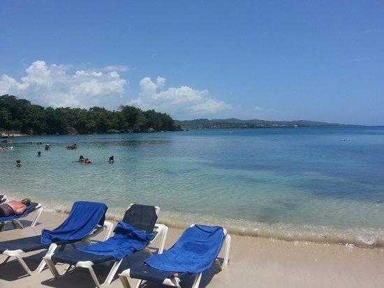 Grand Palladium Jamaica Resort & Spa: Beach at Sunset Cove