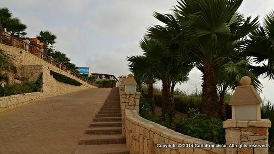 IBEROSTAR Club Boa Vista : Going up to the hotel from the beach