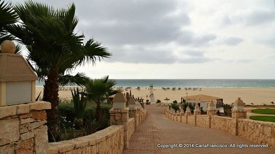IBEROSTAR Club Boa Vista : Access to the beach