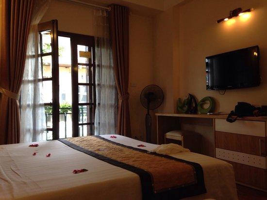 Hanoi Guest House: The room