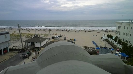 Lucy the Elephant : View of the beach from the top of Lucy