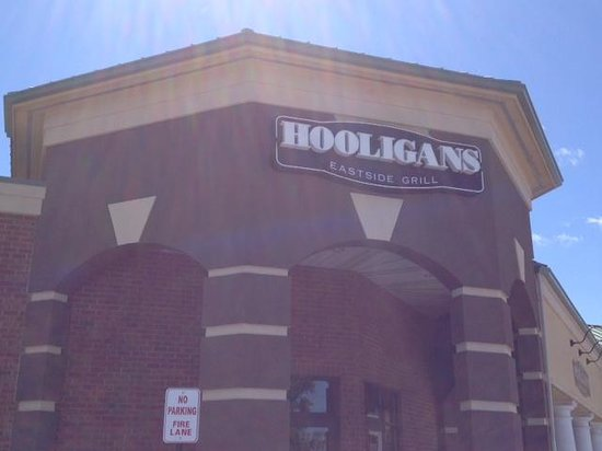 T C Hooligans : TC Hooligan's - front entrance