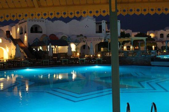 Arabella Azur Resort : -
