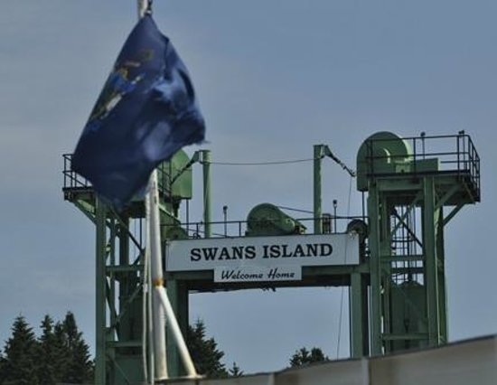 Swans Island: arrival at ferry terminal