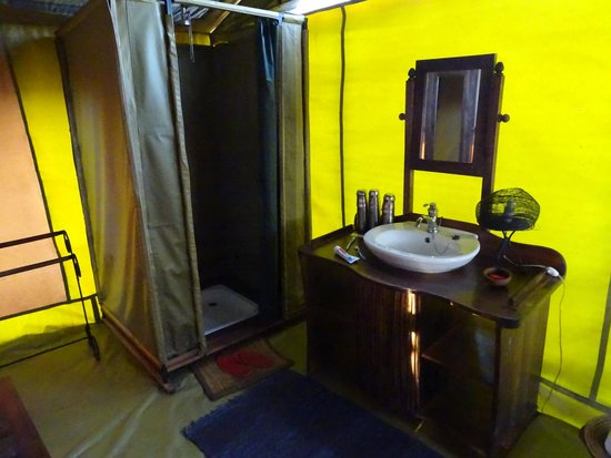 Isoitok Camp - Manyara : Bathroom