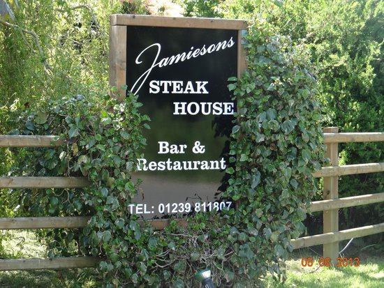 Jamieson's Steakhouse: Our entrance