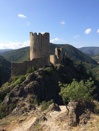Chateaux de Lastours: Vu château