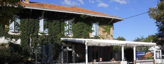 Les Saladelles : L'hôtel