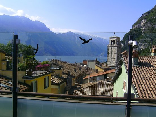 Hotel Antico Borgo: Blick von der Dachterrasse