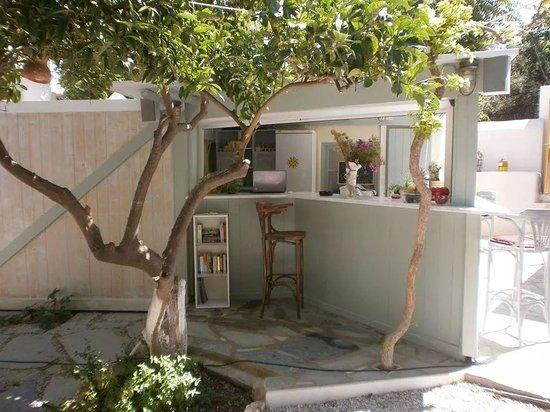 Hôtel Aegean Village : Bar de l'hôtel (jour)