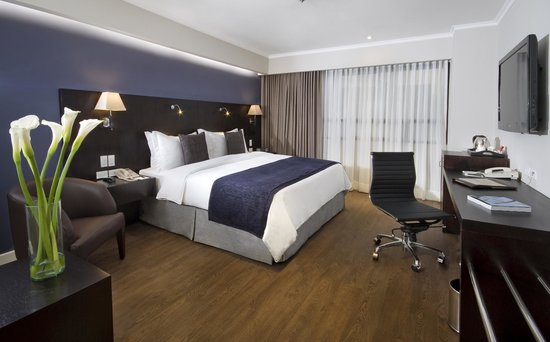 Hotel Oro Verde Guayaquil: Deluxe Room King Bed