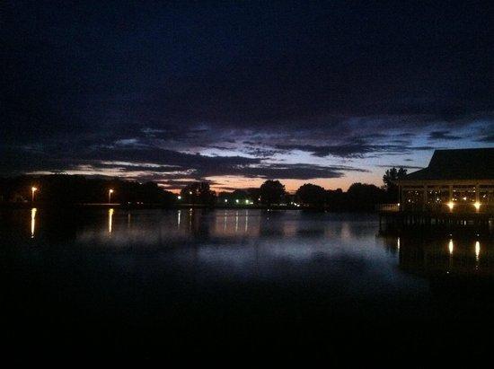 Cedar Point's Castaway Bay : Night view