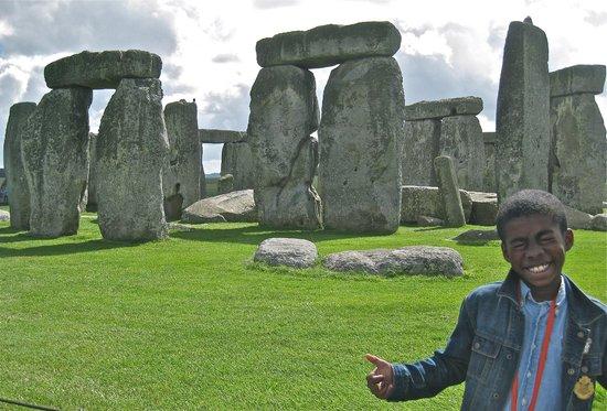 Mad Max Tours : Stonehenge Epicness!