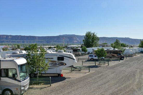 Cruise Inn Junction West RV Park