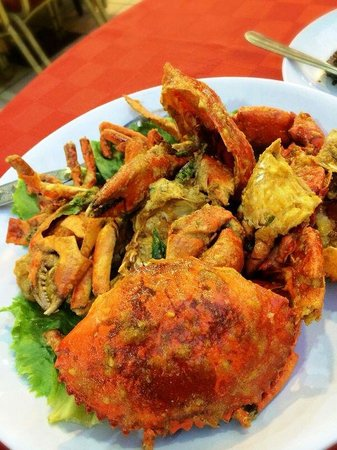 Suang Tain Seafood Restaurant: Salted egg crab.